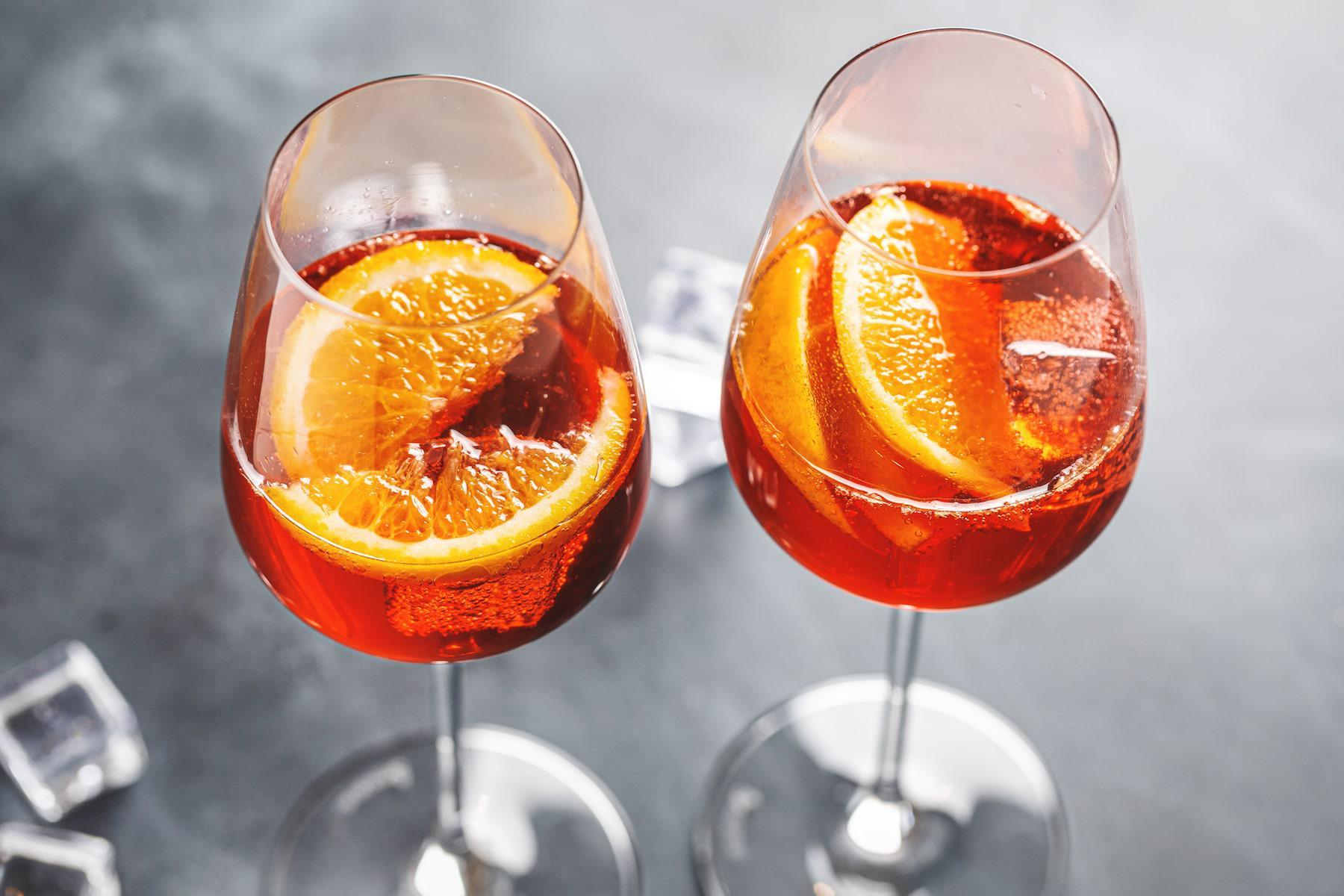 How To Make A Classic Aperol Spritz For Springtime Sipping photo
