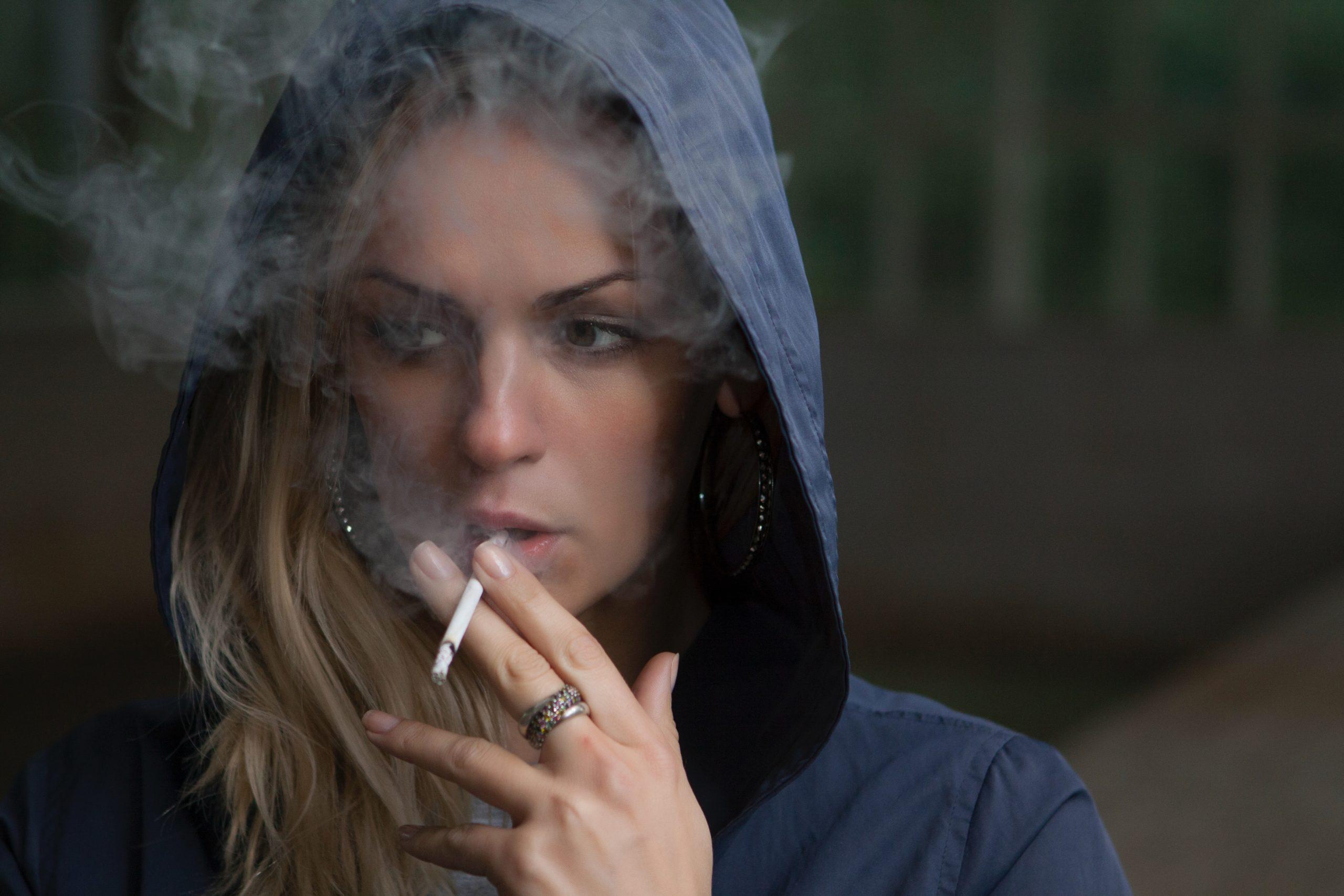 How To Avoid Social Smoking? photo