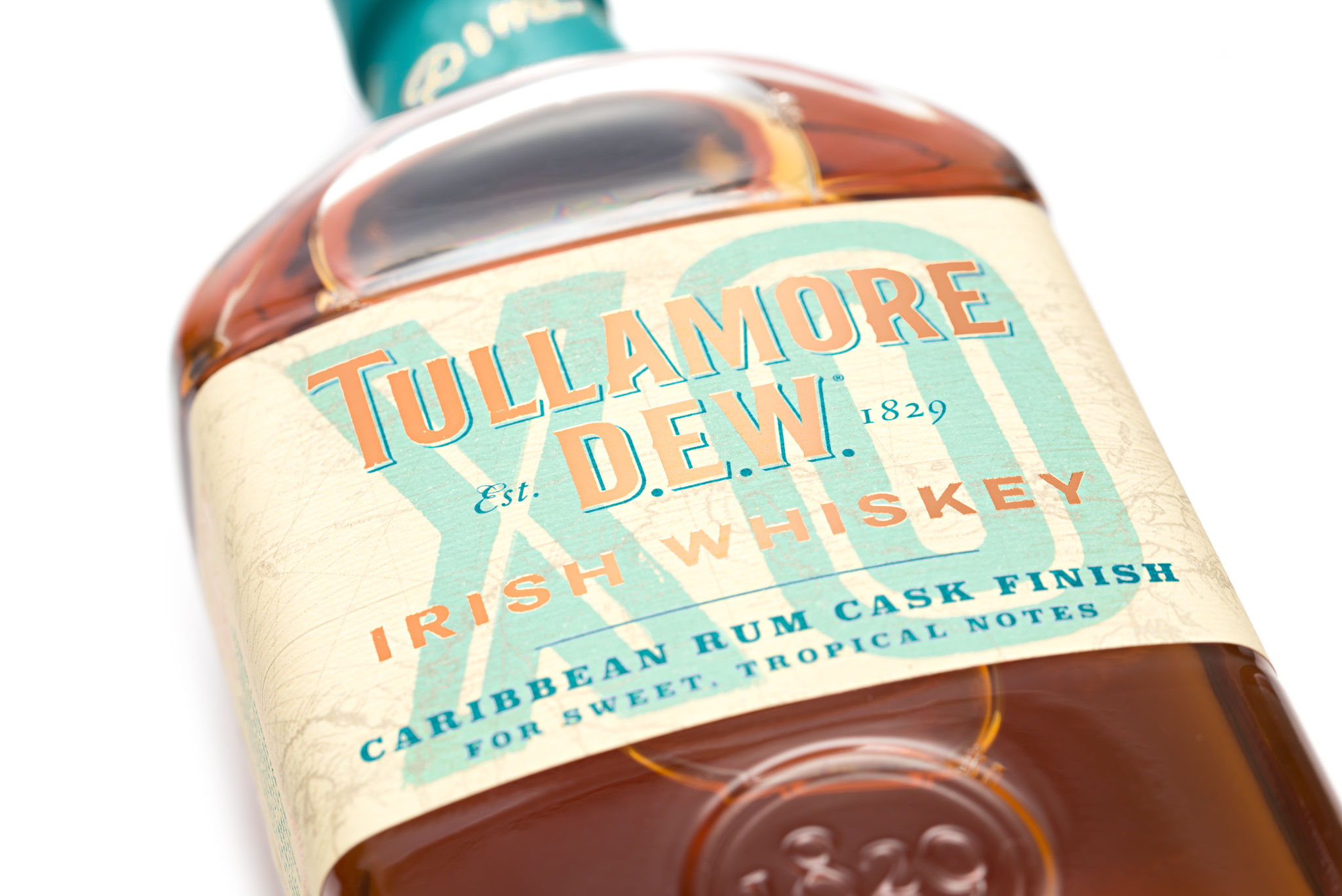 Tullamore D.E.W. Irish Whiskey Brings The Beauty Of Blend To Vibrant Life With XO Caribbean Rum Cask Finish photo