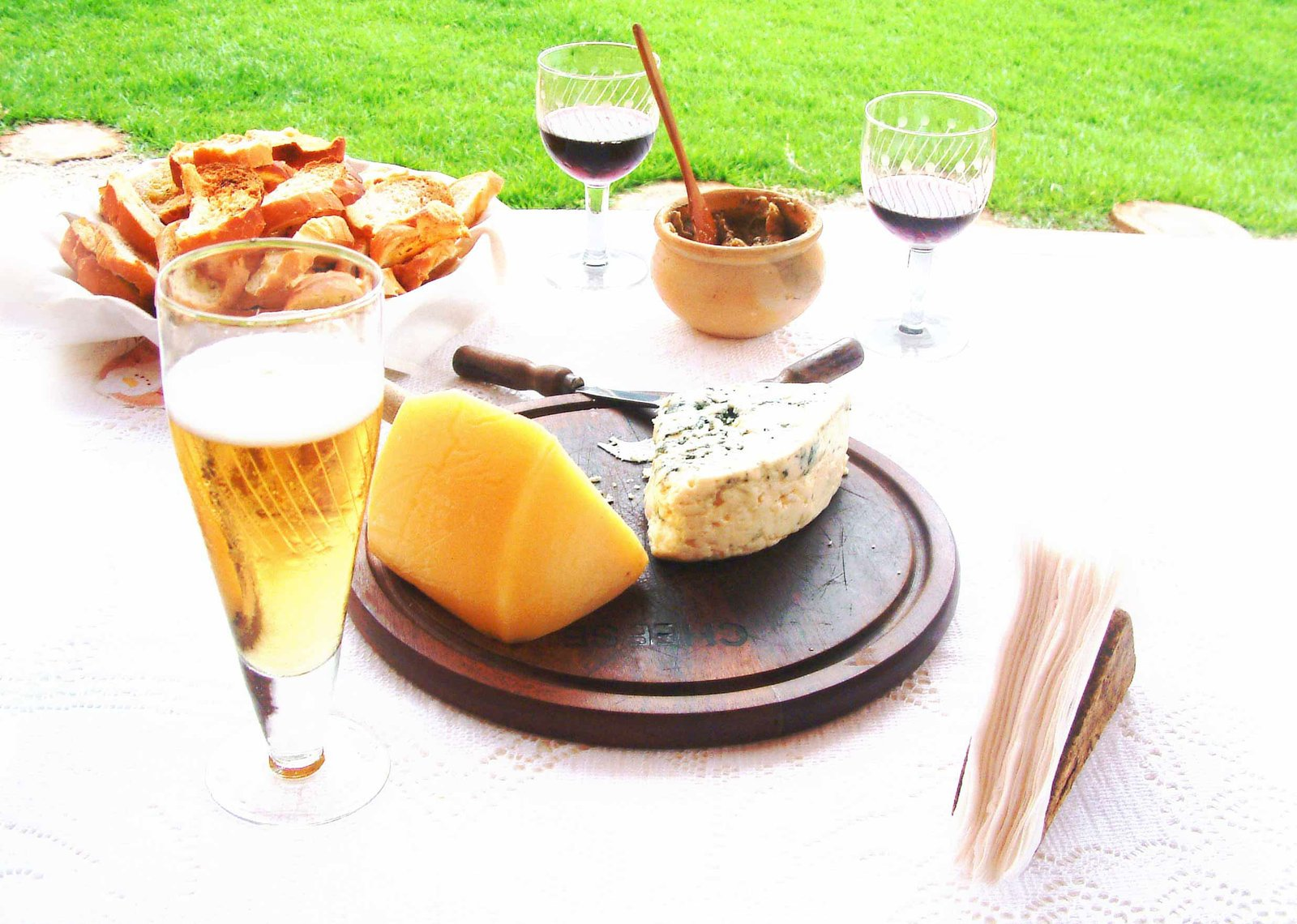 Tips For Pairing Food And Drink photo